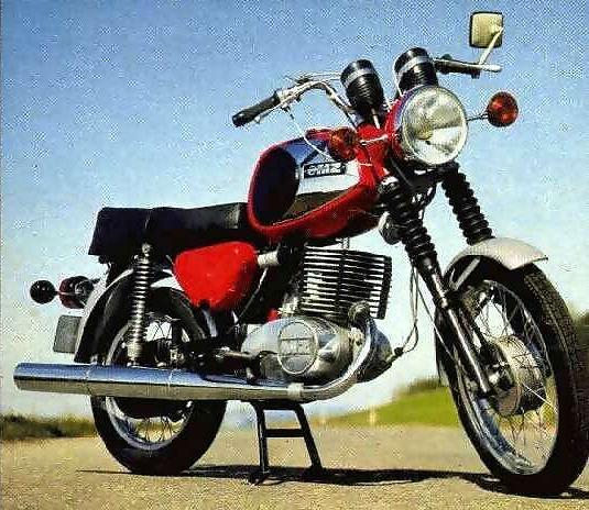 Les 250 cc (et aussi les 350/400) MOD%20250%20TS%201